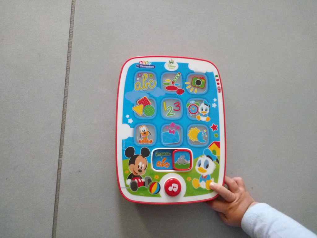 Recensione mini tablet clementoni mickey pad disney