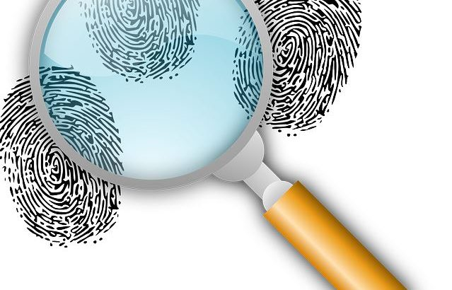 Come eliminare le ricerche su google e la cronologia